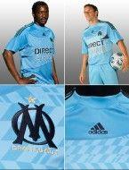 Particolari della seconda maglia del Marsiglia