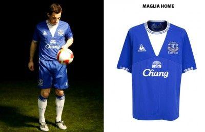 La nuova maglia dell'Everton 2009-2010