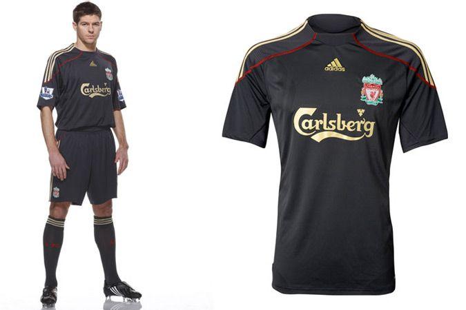 Le maglie di Chelsea, Liverpool e Everton 2009-2010 in Premier