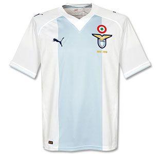 La maglia della Lazio per l'anniversario dei 110 anni