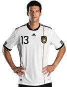 Ballack indossa la nuova maglia della Germania