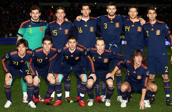 Le maglie away di Spagna e Russia per il 2010