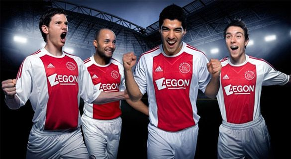 Ajax 2010-2011 home kit