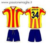 Disegno maglia Lecce home