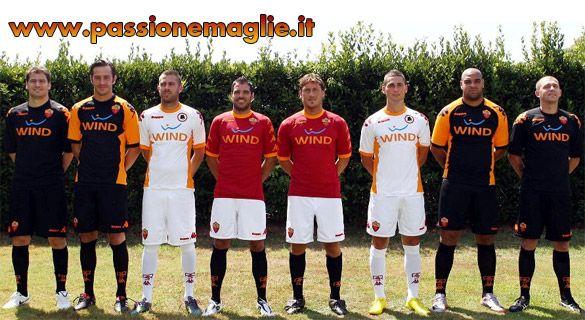 Divise Roma 2010-11