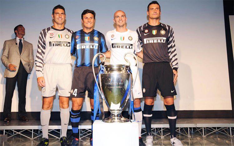 Kit Inter 2010-2011 Nike