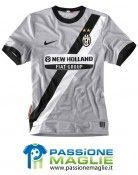 Terza maglia Juventus 2010-2011