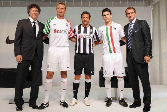 Maglie Juventus 2010-2011