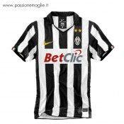 Maglia Juventus 2010-2011 bianconera
