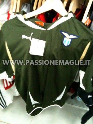 Seconda maglia Lazio 2010-2011