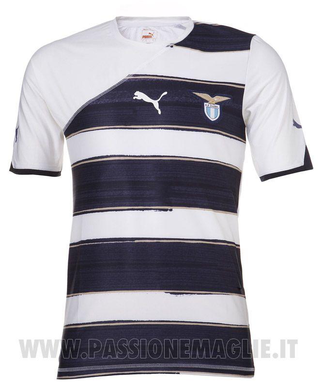 Le nuove maglie della Lazio 2010-2011 realizzate da Puma