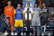 Divise Parma 2010-2011
