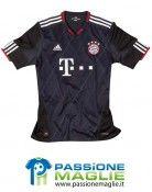 Terza divisa nera Bayern Monaco
