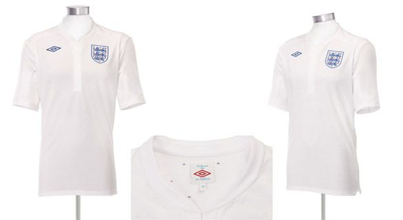La nuova maglia dell 39 inghilterra 2010 2012 realizzata da umbro for Nuovo stile coloniale in inghilterra