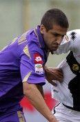 Contrasto durante la partita Fiorentina-Parma