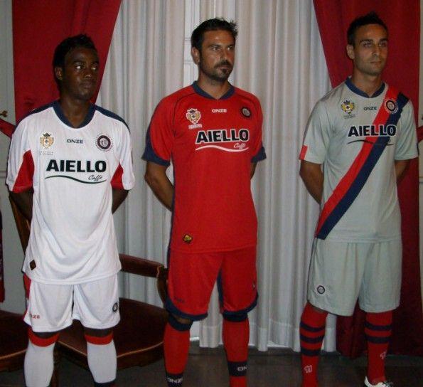 Presentazione maglie Cosenza Calcio 2010-2011