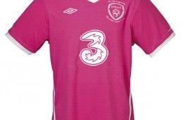 Maglia Irlanda rosa 2010 contro il cancro al seno