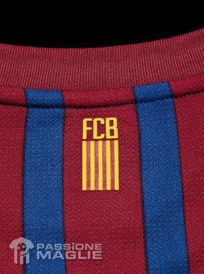 Il retro del colletto con la scritta FCB - Barcellona 11/12