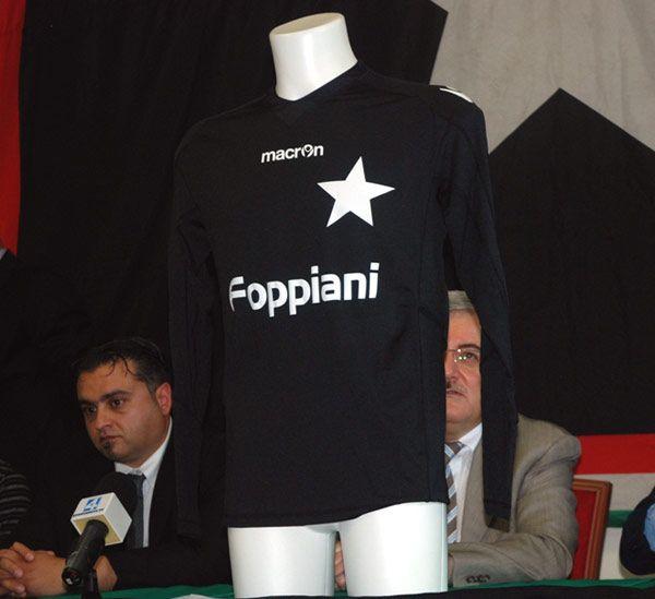 Maglia home Casale 2011-12 Macron