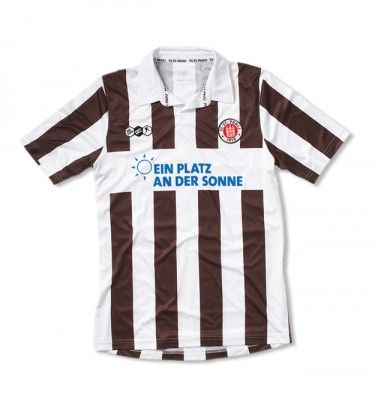 La maglia del St.Pauli 2011-2012 firmata Do You Football