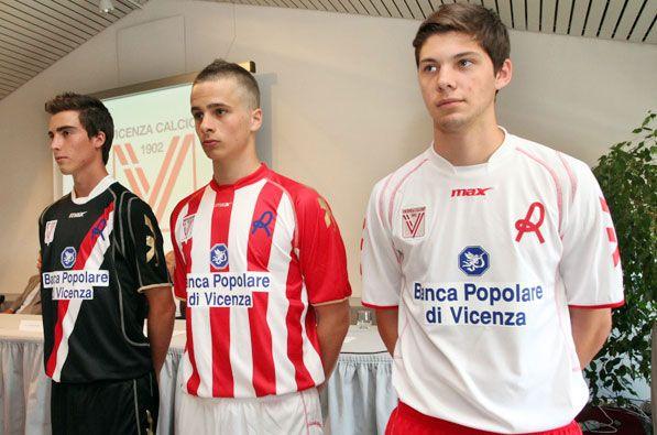 Maglie Vicenza Calcio 2011-2012