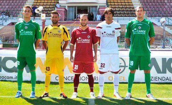 Tutte le maglie del Livorno 2011-2012