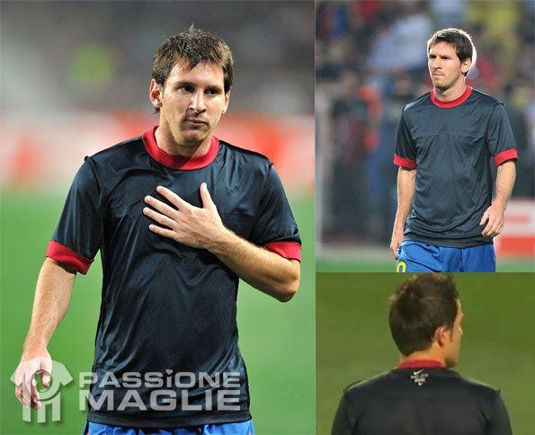 Messi nel riscaldamento di Barcellona-Porto
