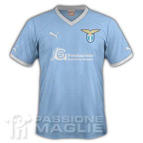 Maglia Lazio con sponsor Fondazione Gabriele Sandri