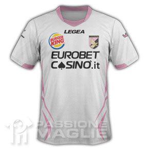 Seconda maglia Palermo con marchio Burger King