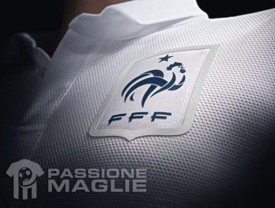 Galletto FFF sulla maglia away Francia