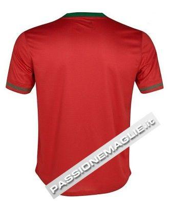 Il retro della maglia casalinga per la nazionale portoghese