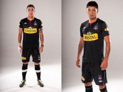 Tenuta nera away del Colo-Colo 2012
