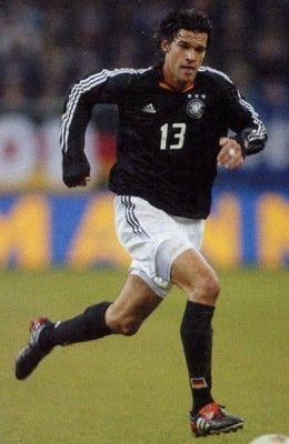 Ballack nel 2004 con la Germania