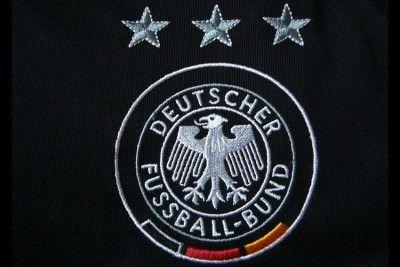 Stemma DFB maglia Germania 2004