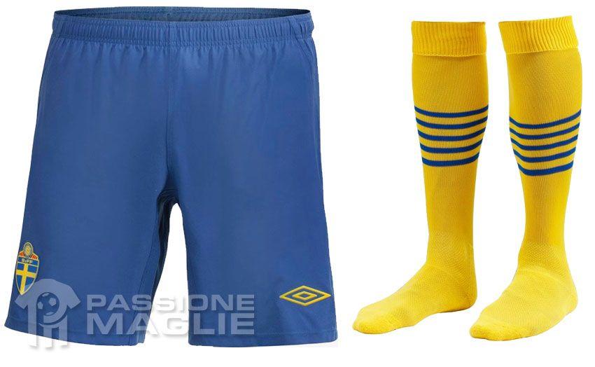 Svezia calzoncini e calzettoni home 2012-13
