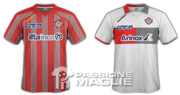 Cremonese maglia home e away 2011-2012