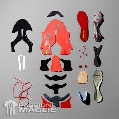 I pezzi delle scarpe Nike Vapor VIII