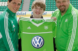Wolfsburg kit 2012-2013