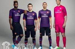 Kit away Arsenal 2012-2013