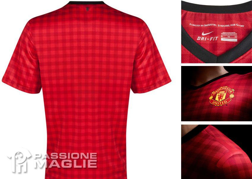 Retro e dettagli kit Manchester United 2012-2013