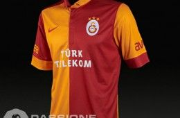 Galatasaray home 2012-2013 Nike