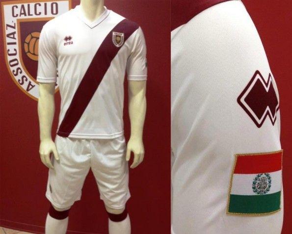 Kit trasferta Reggiana 2012-2013
