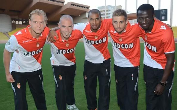 Calciatori AS Monaco con il kit home 2012-2013