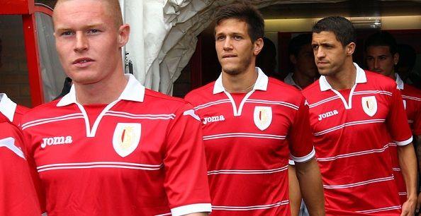 La nuova maglia Joma dello Standard Liegi