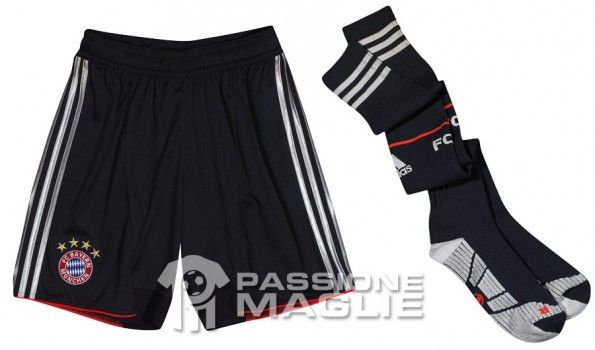 Calzoncini calzettoni Bayern Monaco 2012-2013 neri