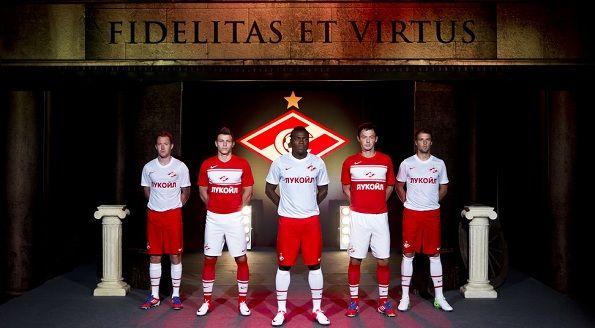 Ambientazione Romana per le nuove maglie dello Spartak Mosca