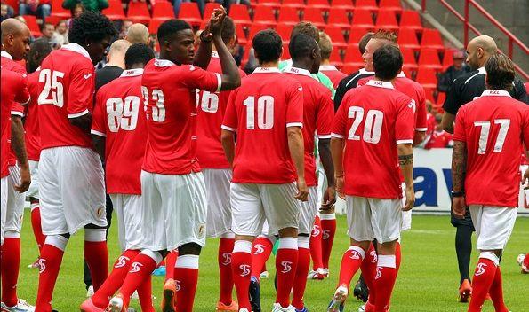 Il retro della divisa dello Standard Liegi 2012-2013