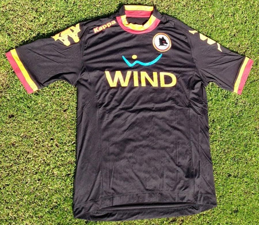 Seconda e terza maglia della Roma 2012-2013