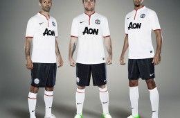 Divisa away Manchester United 2012-2013