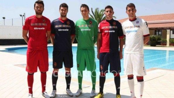 Kit ufficiali Cagliari Calcio 2012-2013